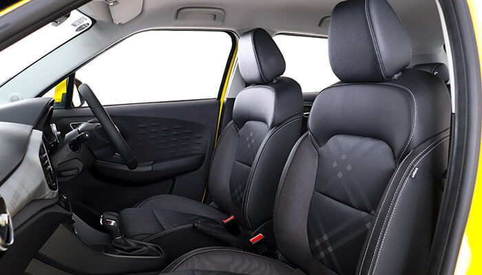 Photo MG 3 fabric interior from the passenger side